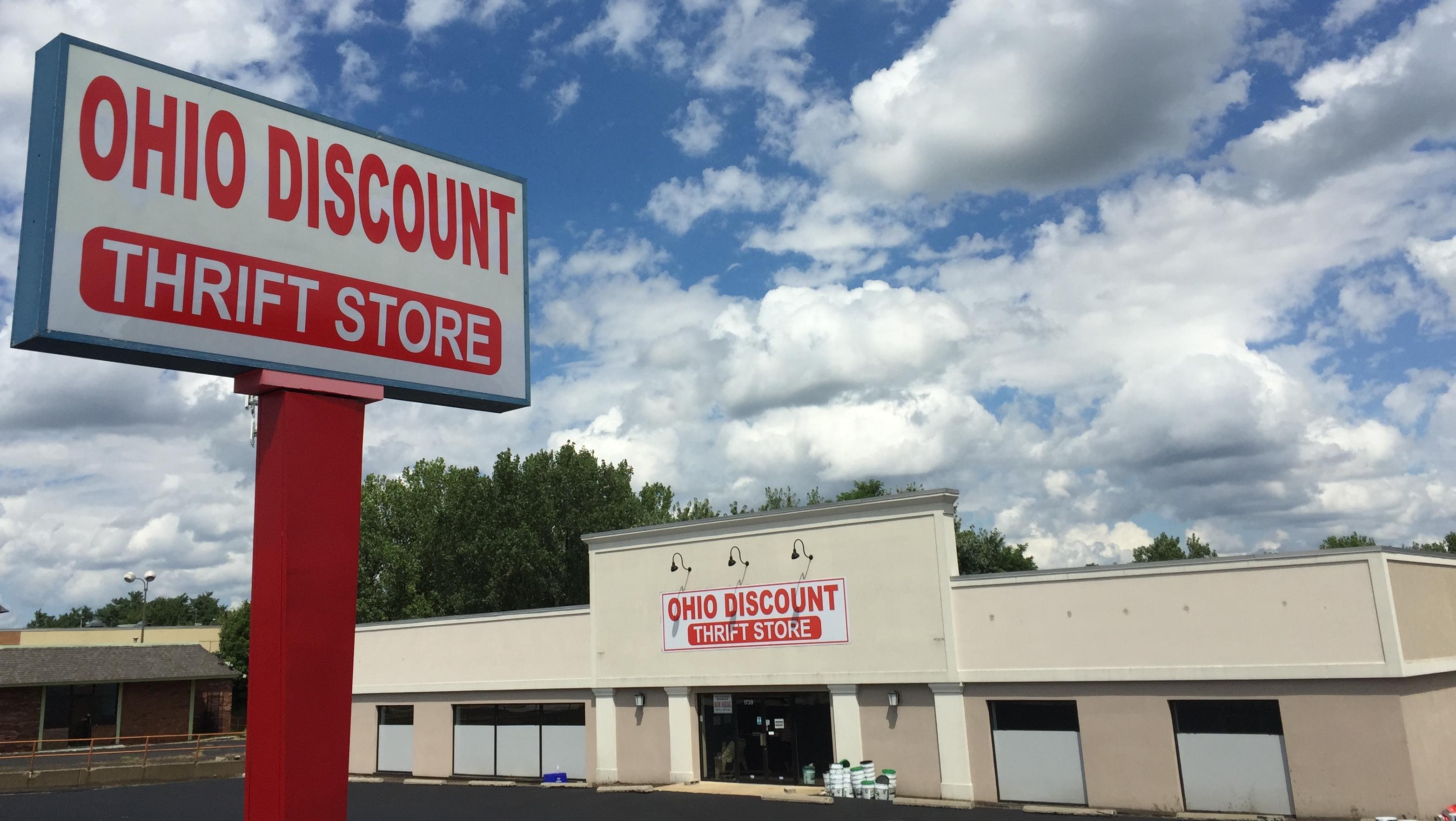 Ohio Discount Thrift Store Facade