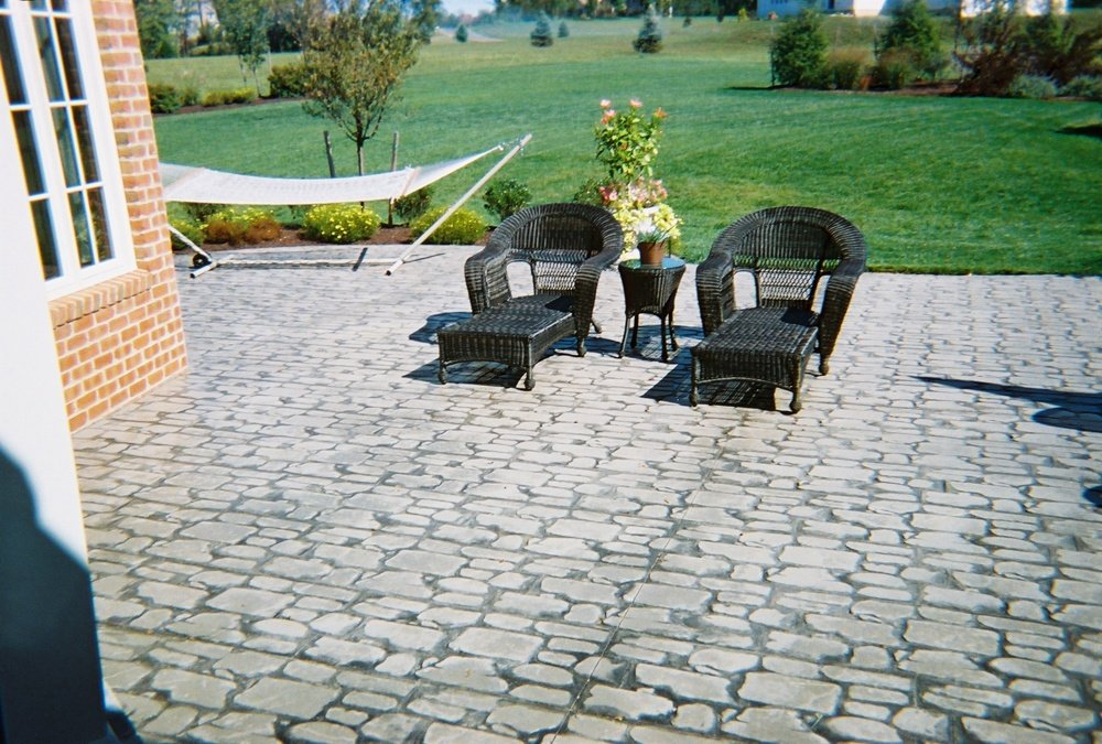 Random cobblestone patio