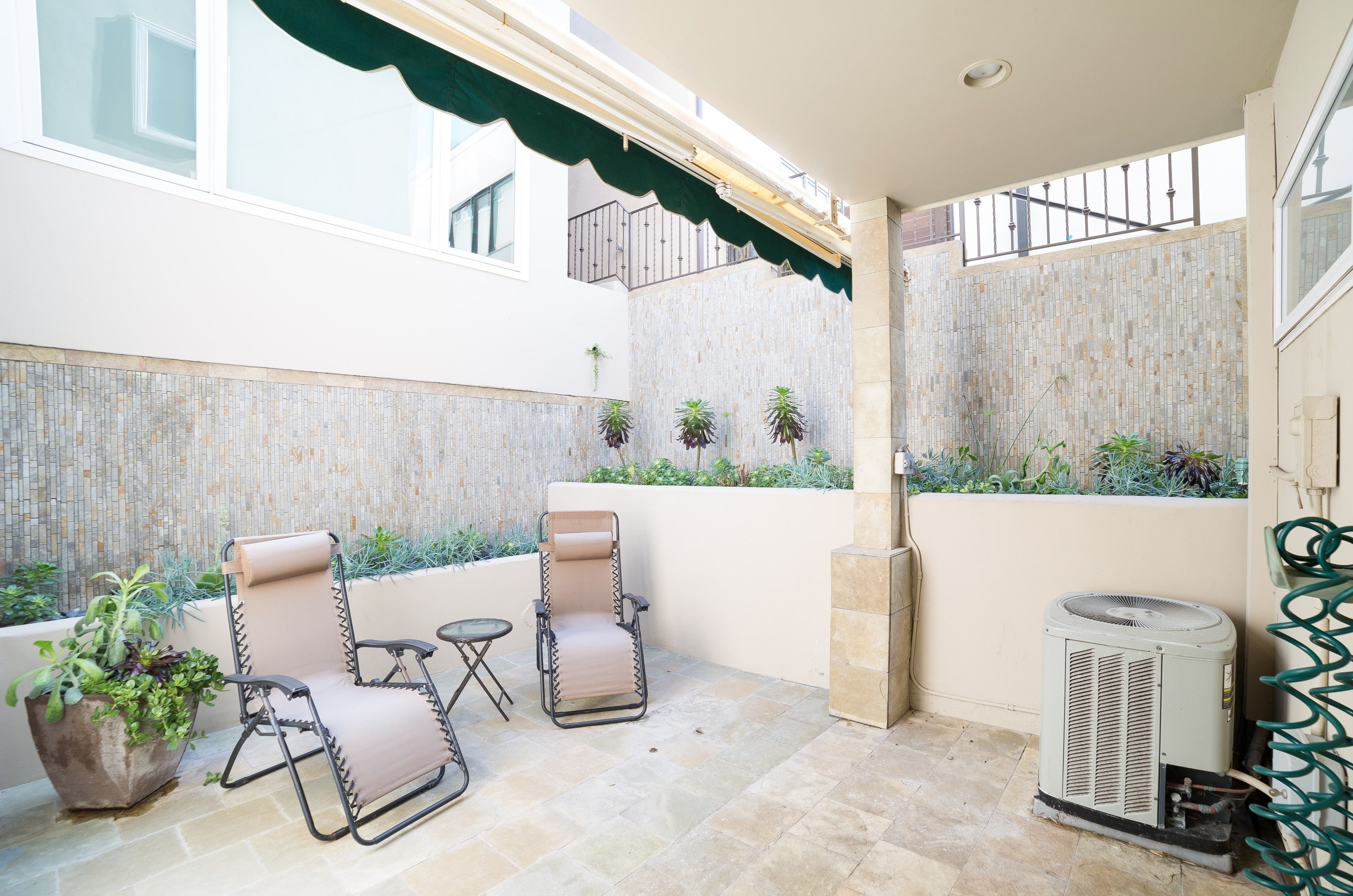 MB Townhouse Patio