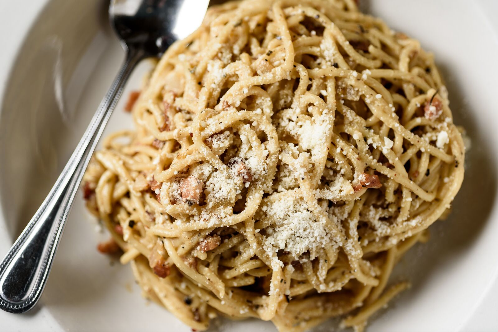 https://0201.nccdn.net/1_2/000/000/0f2/0e6/carbonara.jpeg