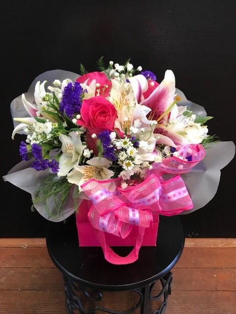 https://0201.nccdn.net/1_2/000/000/0f2/9e5/floral2-480x640.jpg