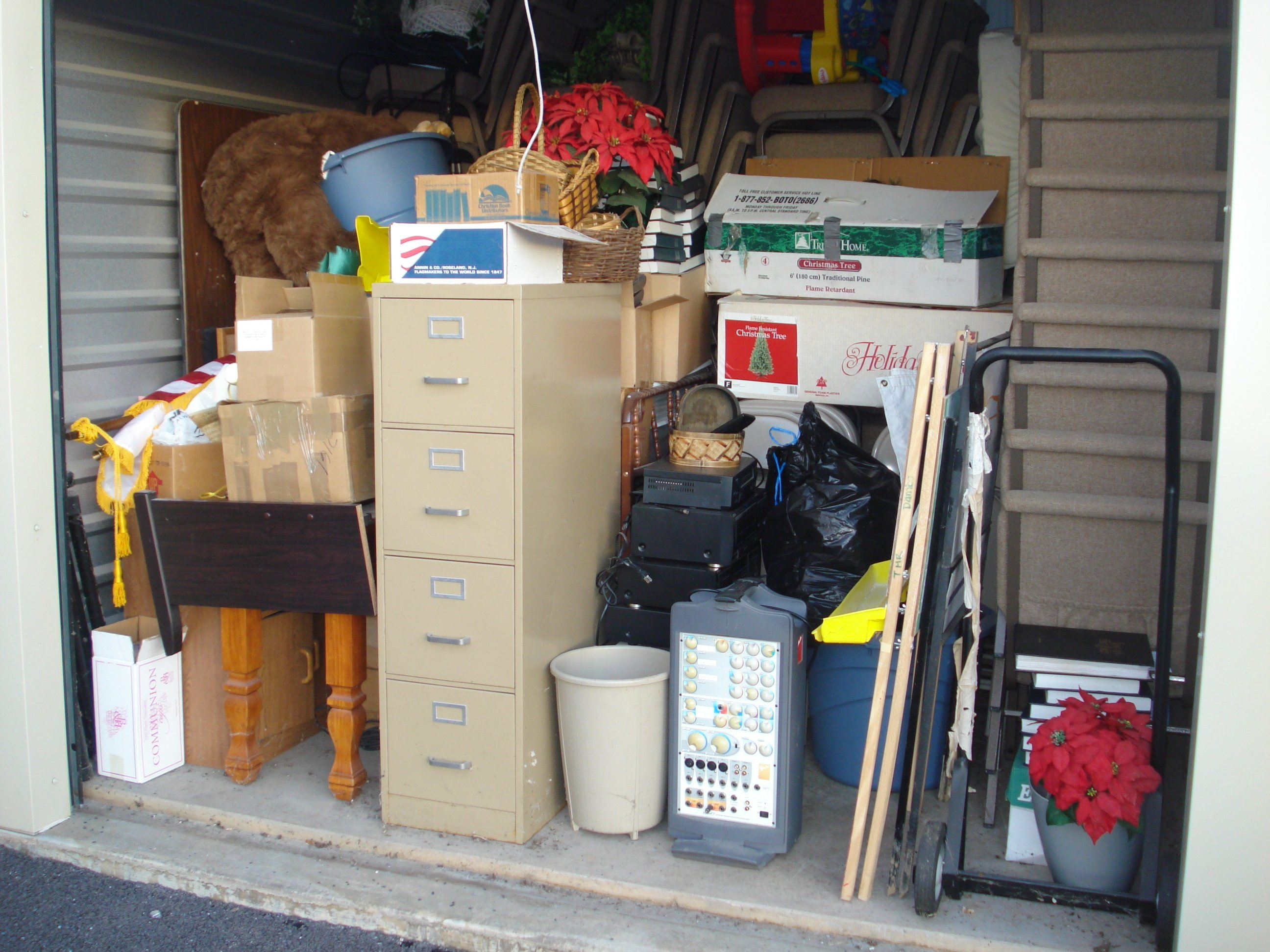 photo of properly packed storage unit