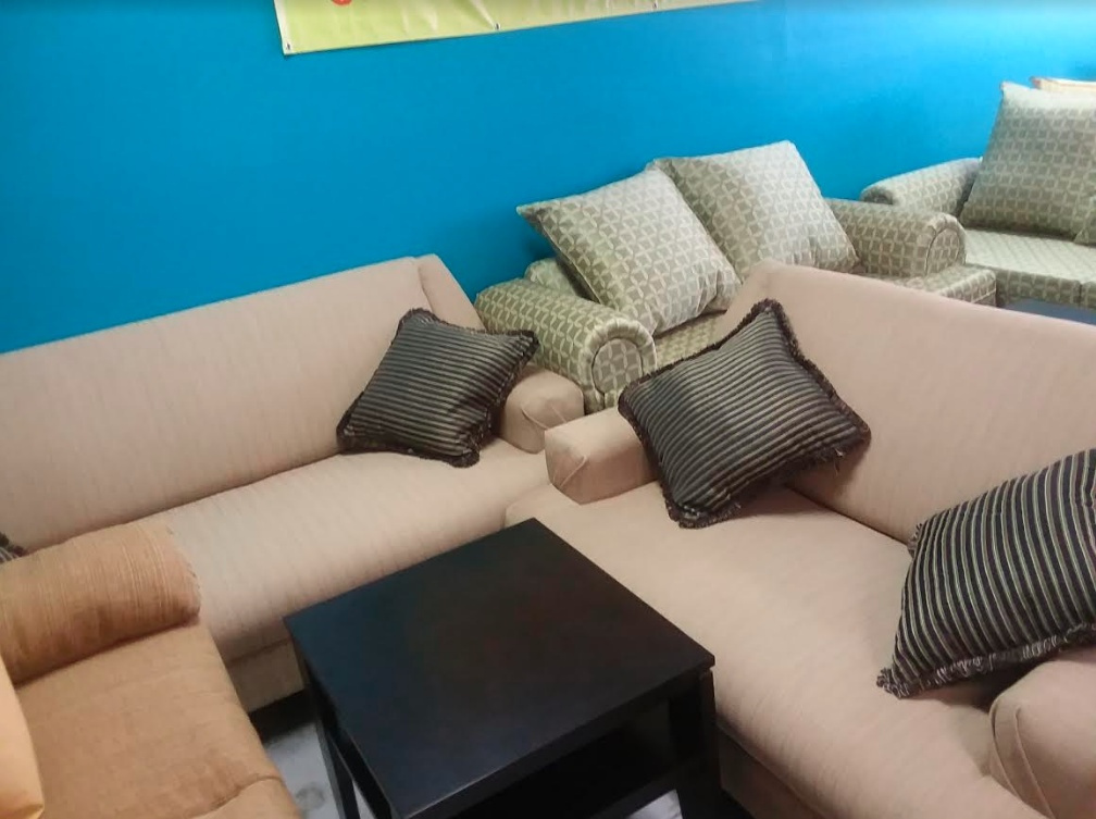 Sofa & Loveseat 127