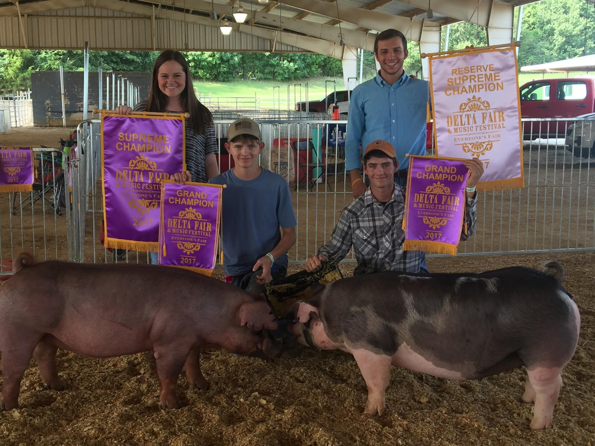 Will & Gill Derryberry 2017 Delta Fair & Music Festival Supreme Champion Overall Reserve Supreme Champion Overall
