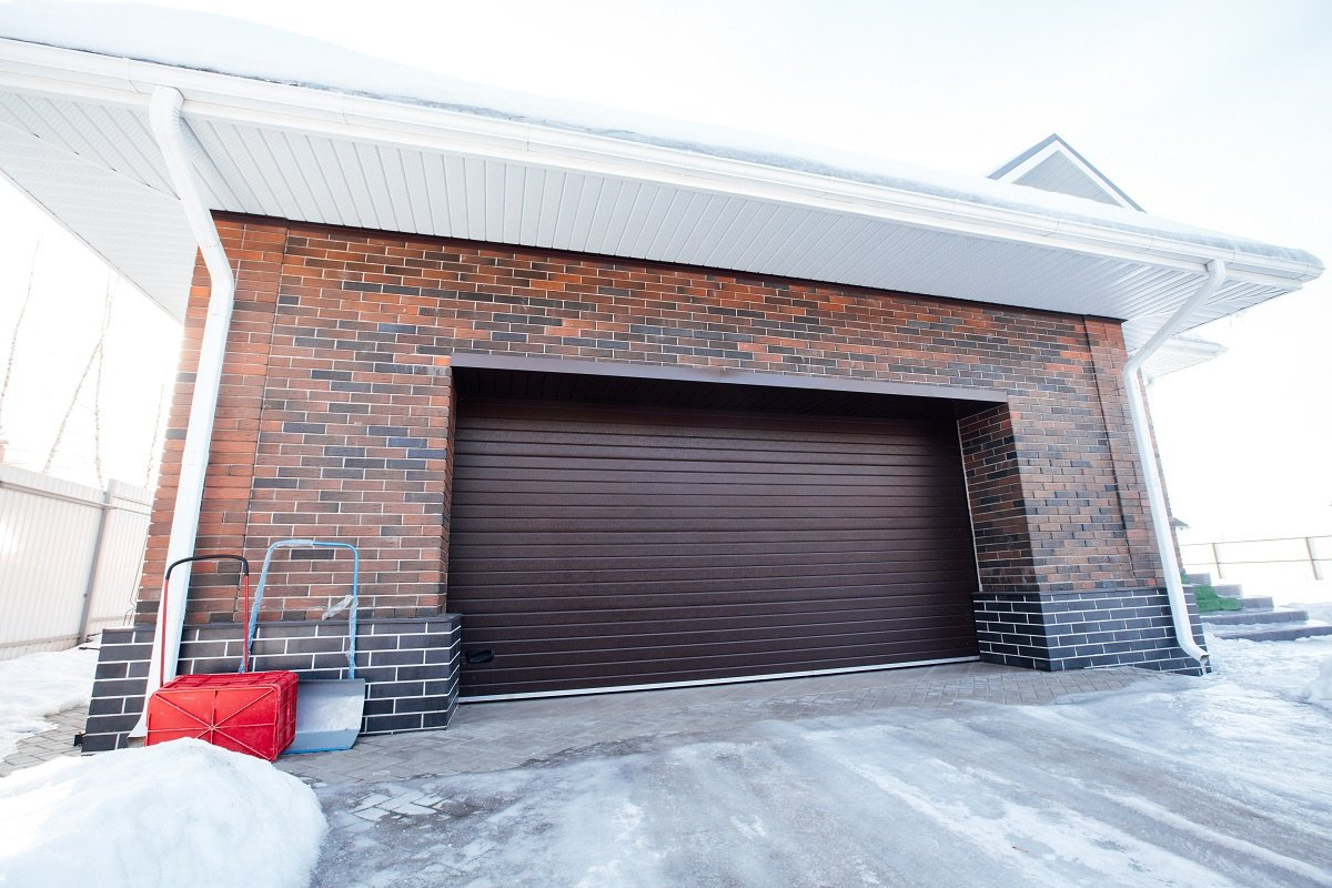 The Most Common Garage Door Problems During Winter