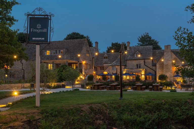 The Frogmill, Shipton