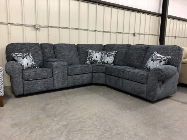 57005 Reclining Sectional Sofa