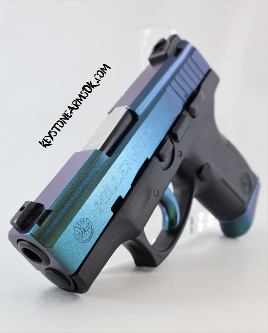 https://0201.nccdn.net/1_2/000/000/0fa/064/Mako-Pistol.jpg
