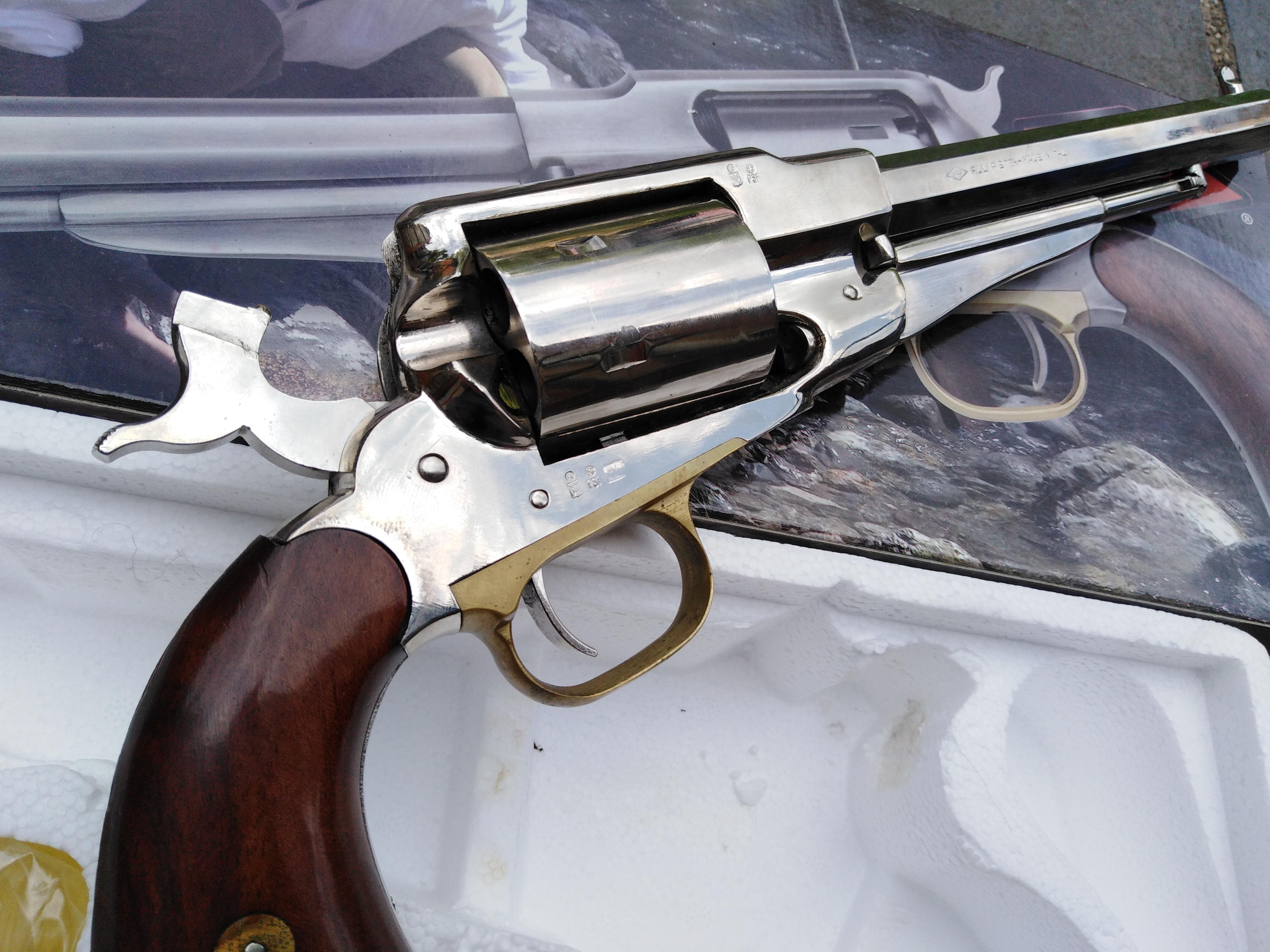 Pietta Nickle Remington 1858 Army