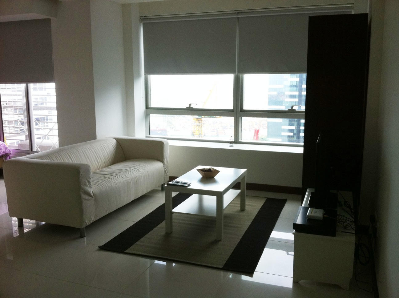 Living-Room-cityview-Sail-studio