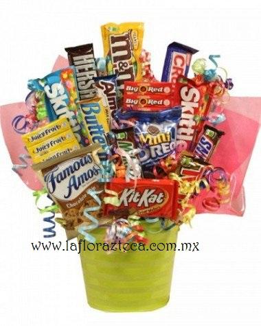 LFA-CA004 Canasta de Chocolates y Caramelos Precio $960