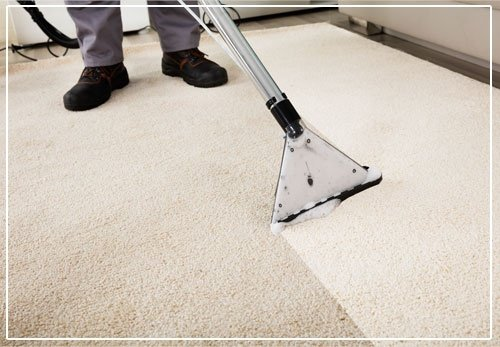 Cleaning Carpet With Vacuum Cleaner