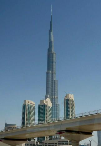 The sky of Dubai