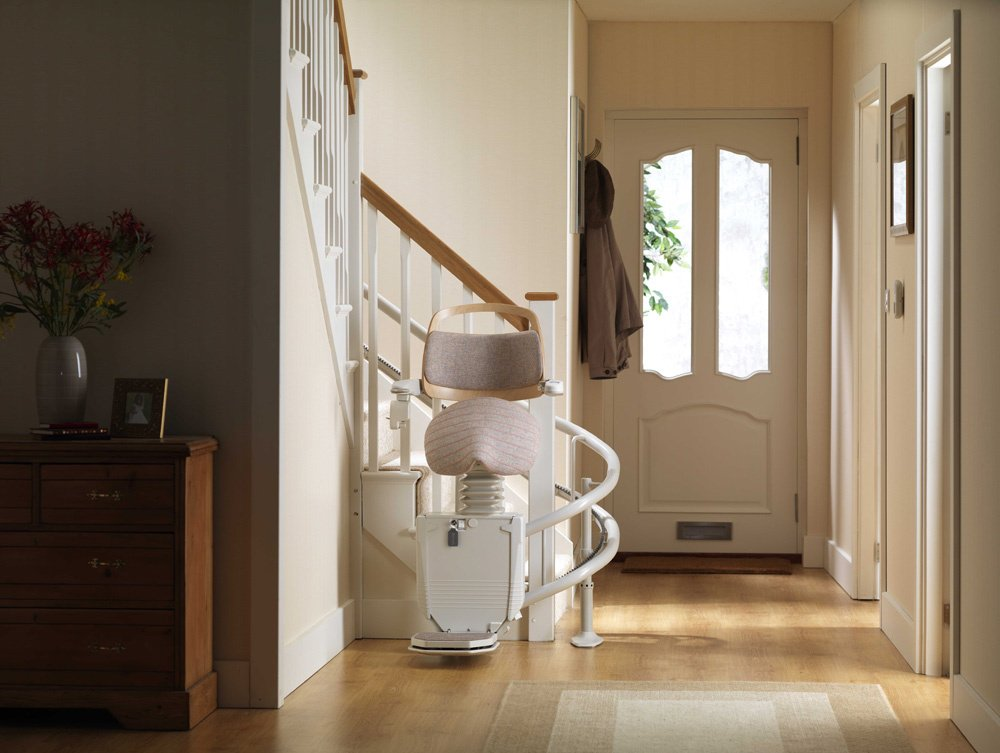 Best Stairlift Solution for a Curved Staircase