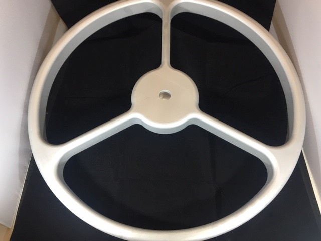 https://0201.nccdn.net/1_2/000/000/102/d5a/FF9-Steering-Wheel-5-640x480.jpg