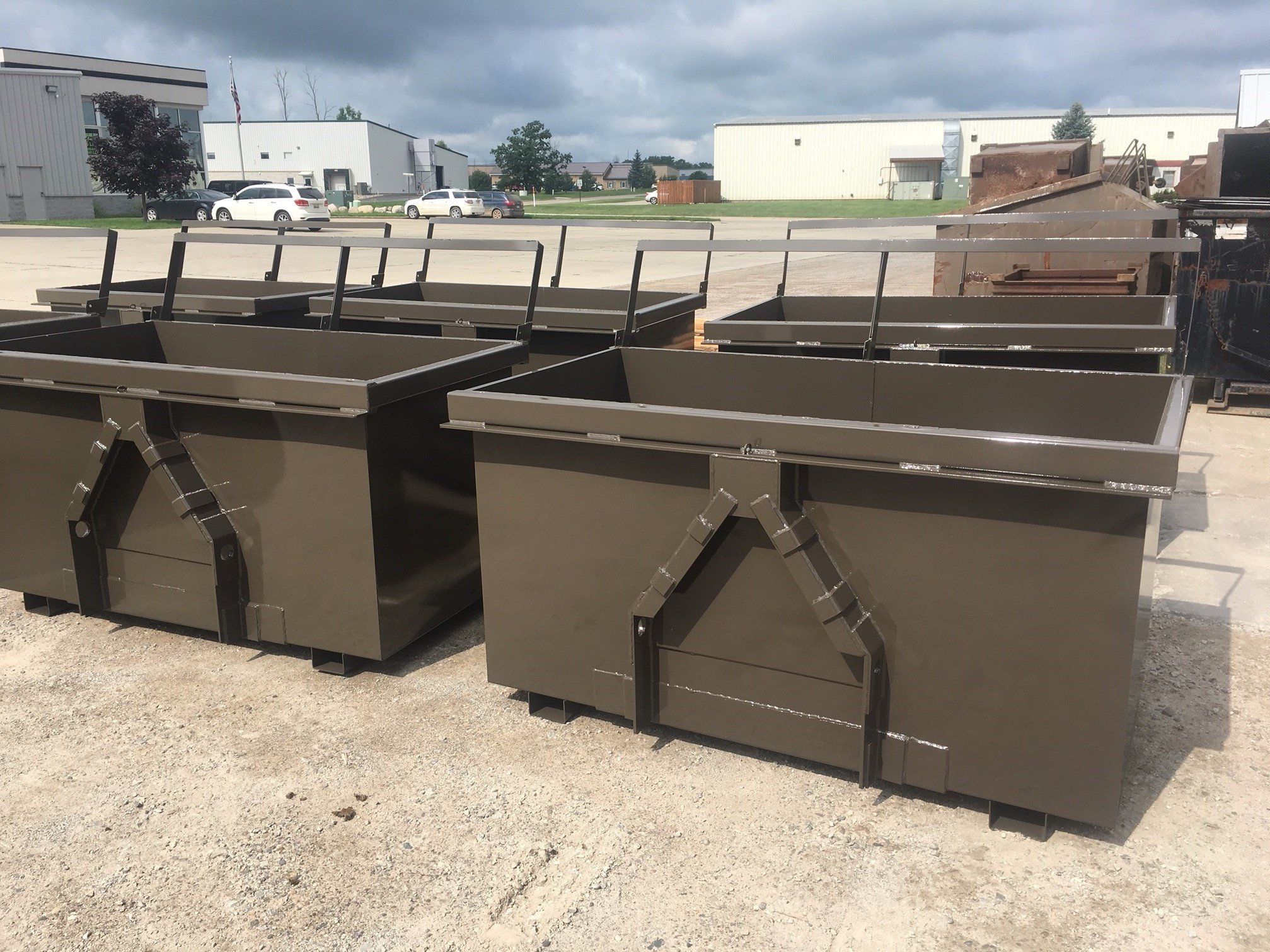 https://0201.nccdn.net/1_2/000/000/104/ac9/2YD-Front-Load-Waste-Containers-2015x1512.jpg