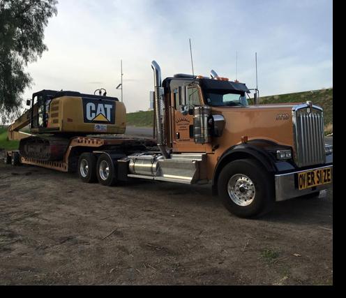 Truck And Hydraulic Wrecker