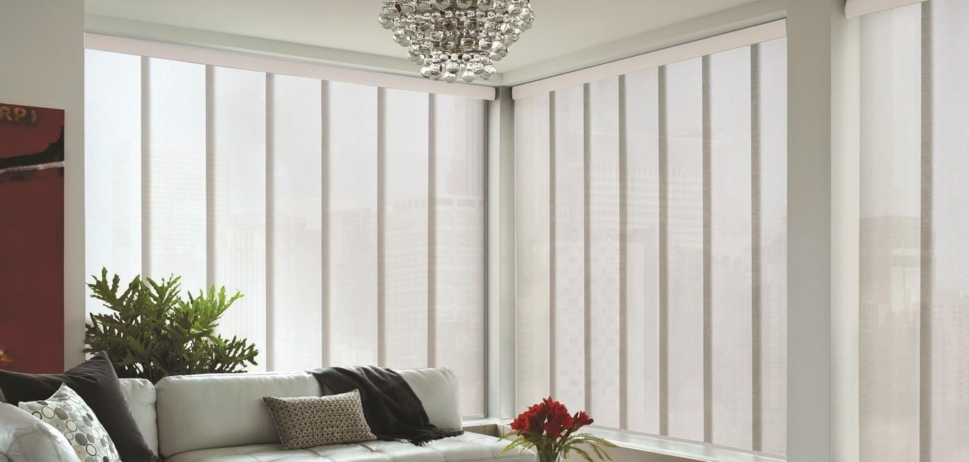 Es una excelente alternativa para ventanas de grandes áreas con formato piso techo.