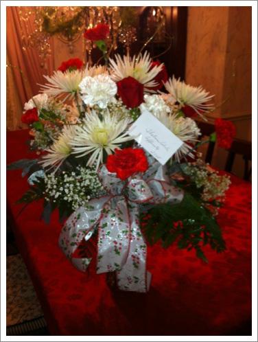 Sympathy flowers arrangement||||