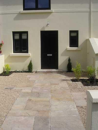 City front garden in Dalkey