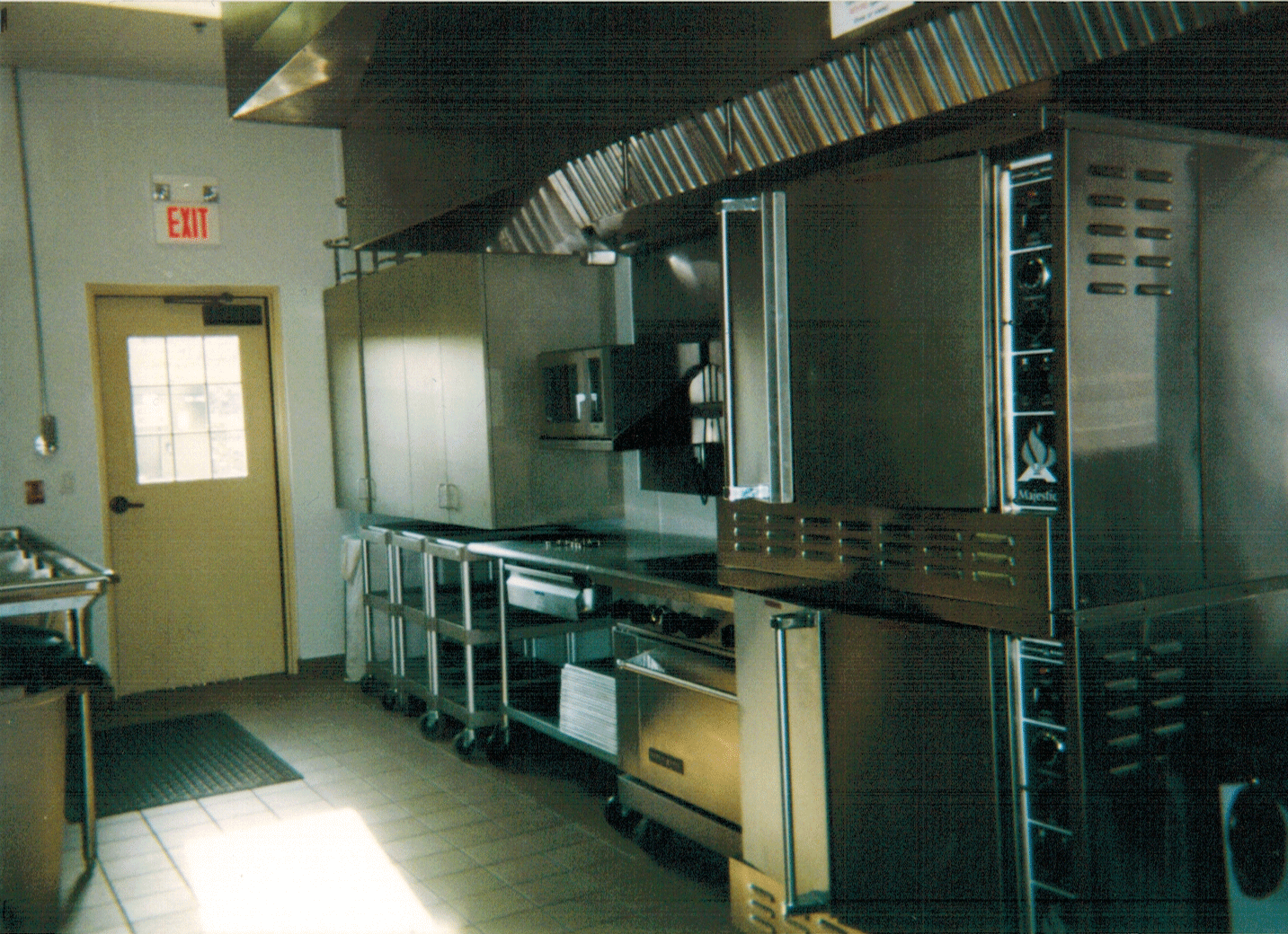 https://0201.nccdn.net/1_2/000/000/10a/bc9/kitchen04.png