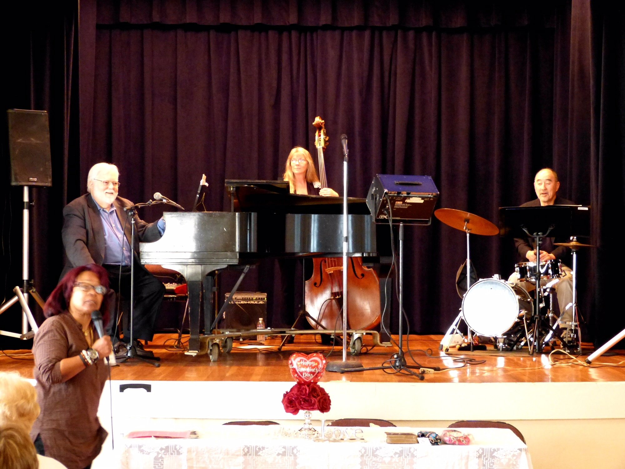 Karen Hutchinson (BMC Co-Pres.), Larry Dunlap (piano), Ruth Davis (bass), Akira Tana (drums)