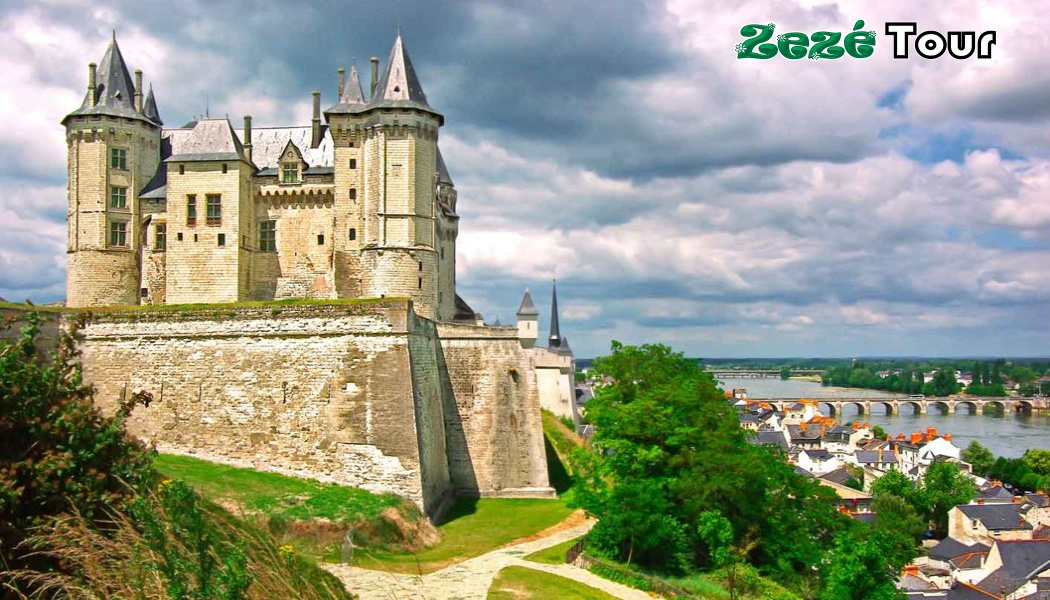 https://0201.nccdn.net/1_2/000/000/10b/1d2/Europamundo---Blois-01--1050x600.jpg