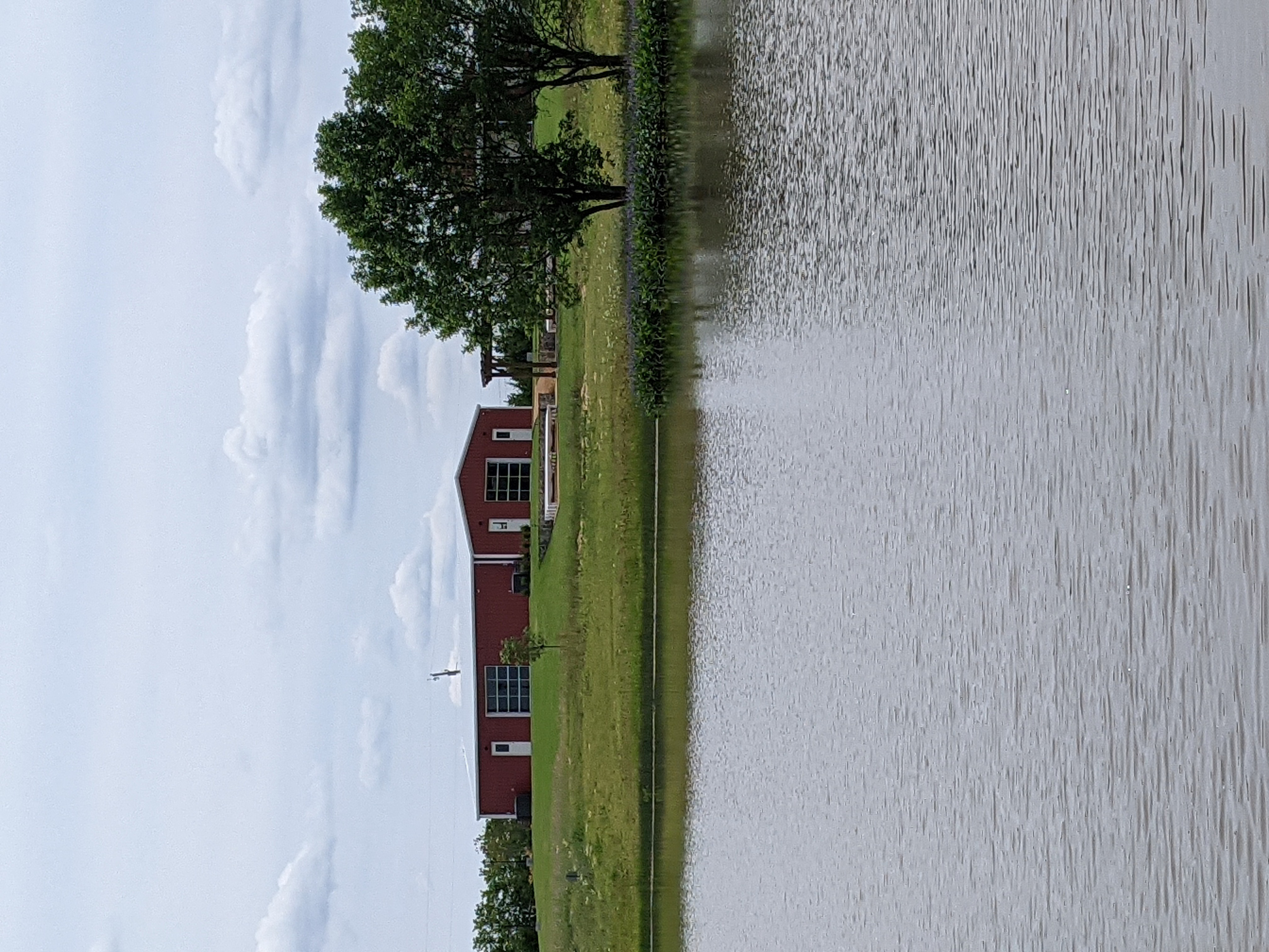 https://0201.nccdn.net/1_2/000/000/10c/c10/gazebo-view-pond.jpg