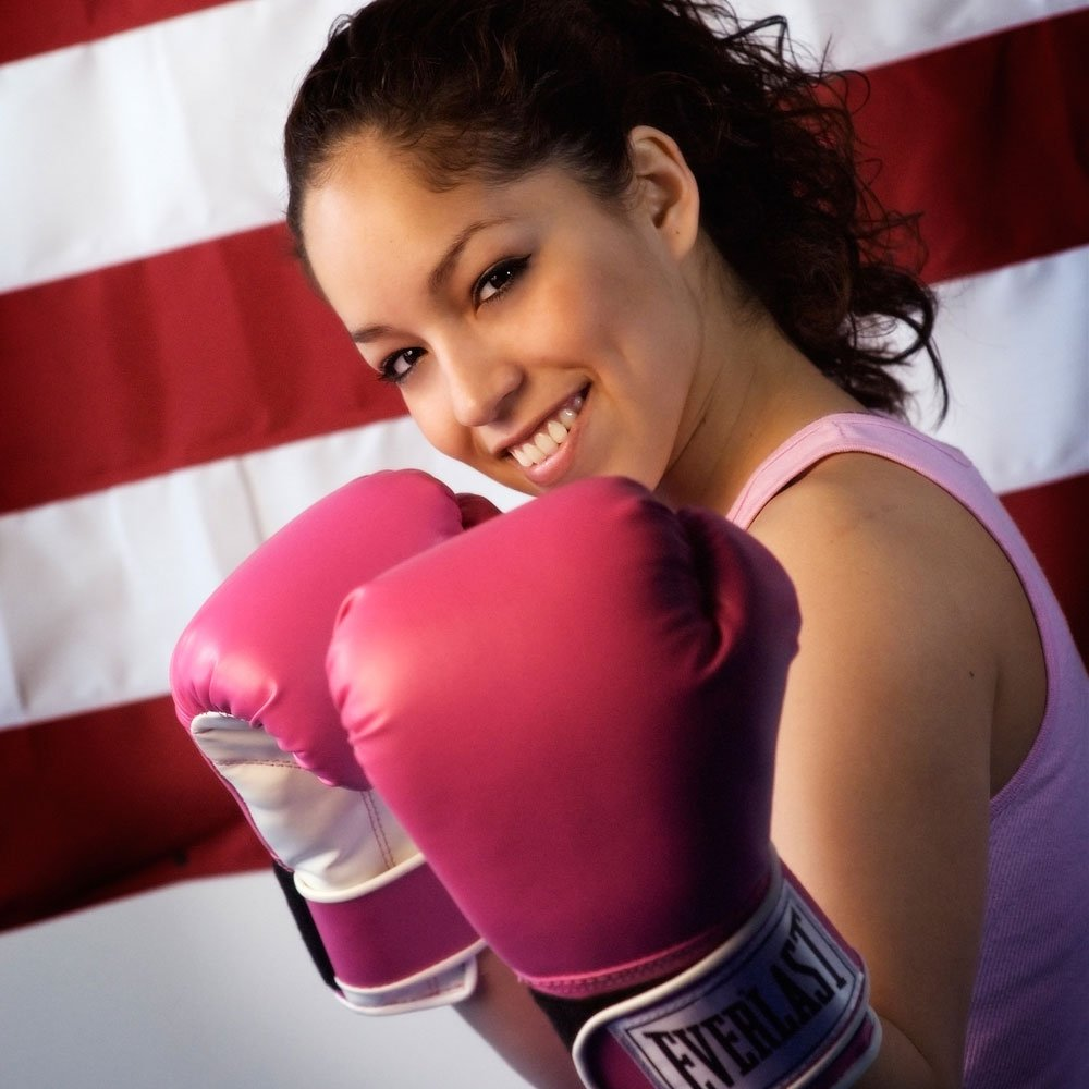 https://0201.nccdn.net/1_2/000/000/10c/fcc/WomanWearingBoxingGloves.jpg