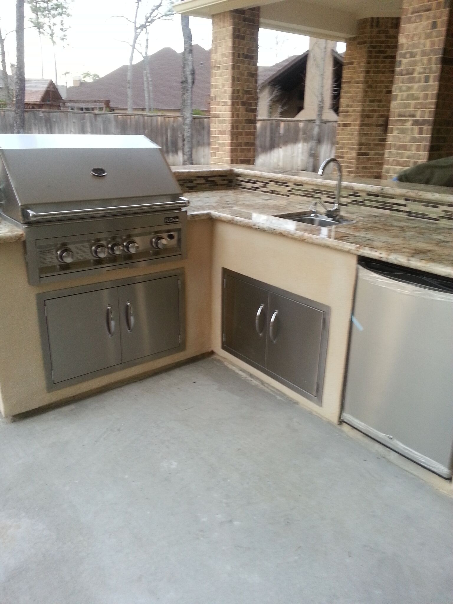 https://0201.nccdn.net/1_2/000/000/111/3ed/OutdoorKitchen-1536x2048.jpg