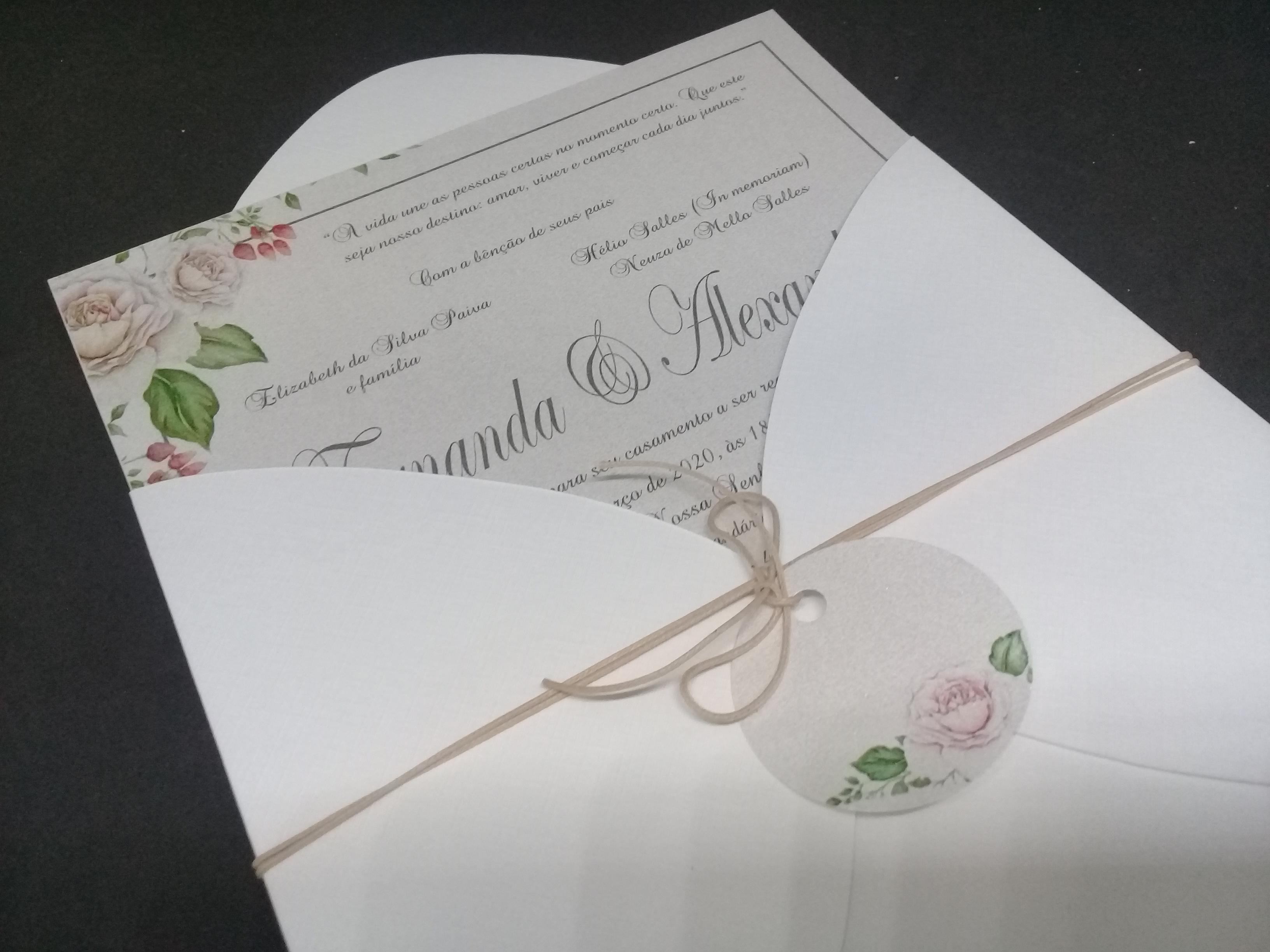 Convite branco e floral