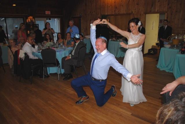 https://0201.nccdn.net/1_2/000/000/112/8e1/dance-wedding-1-640x428.jpg