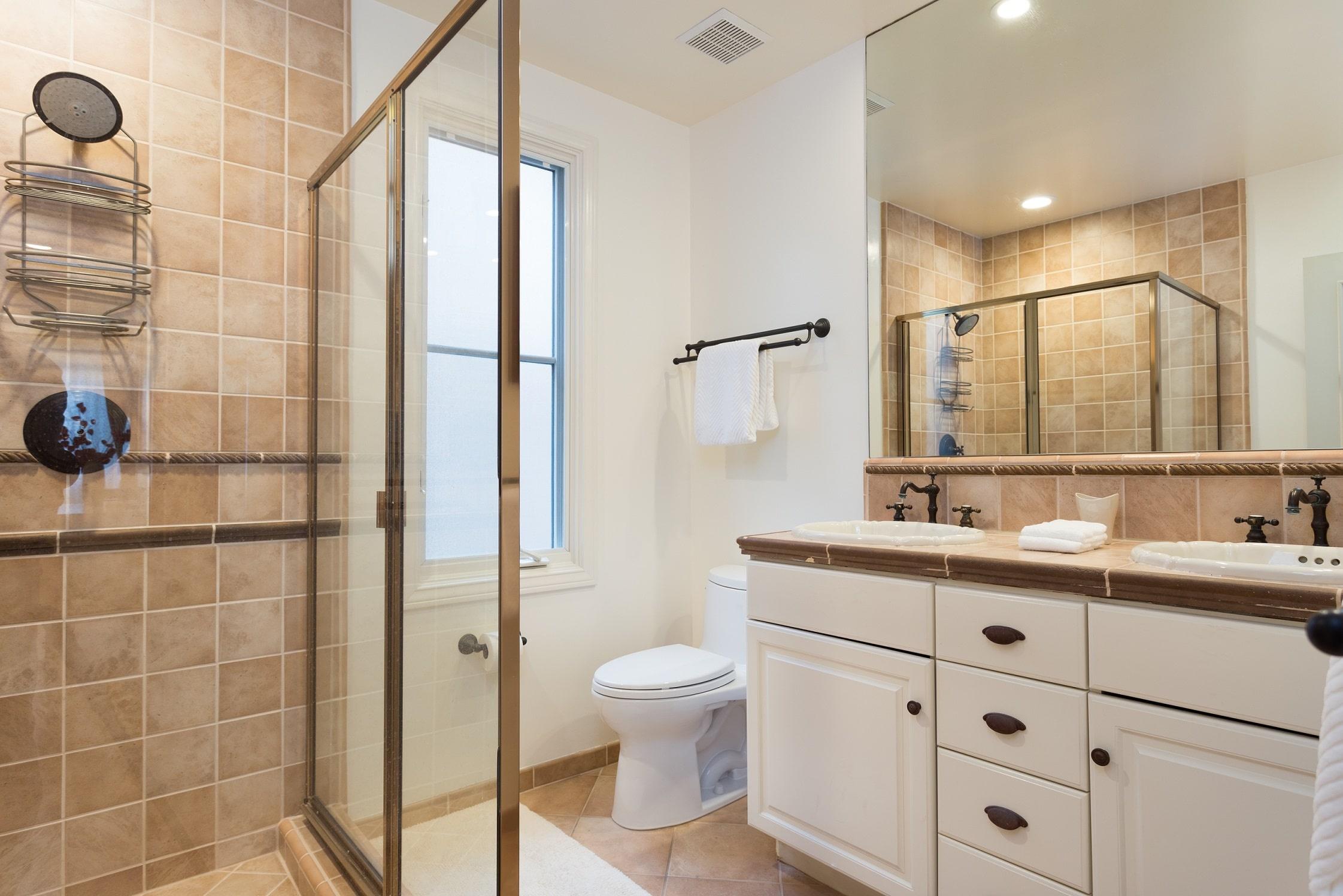 MB Executive Home Bathroom 3