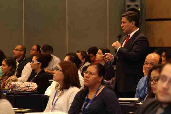 https://0201.nccdn.net/1_2/000/000/113/0b0/Conferencia-Magistral-a-cargo-de-Rumaldo-Ernesto-Nava--S--nchez--Director-Ejecutivo-de-Regulaci--n-de-Estupefacientes---Psicotr--picos-y-Sustancias.jpg