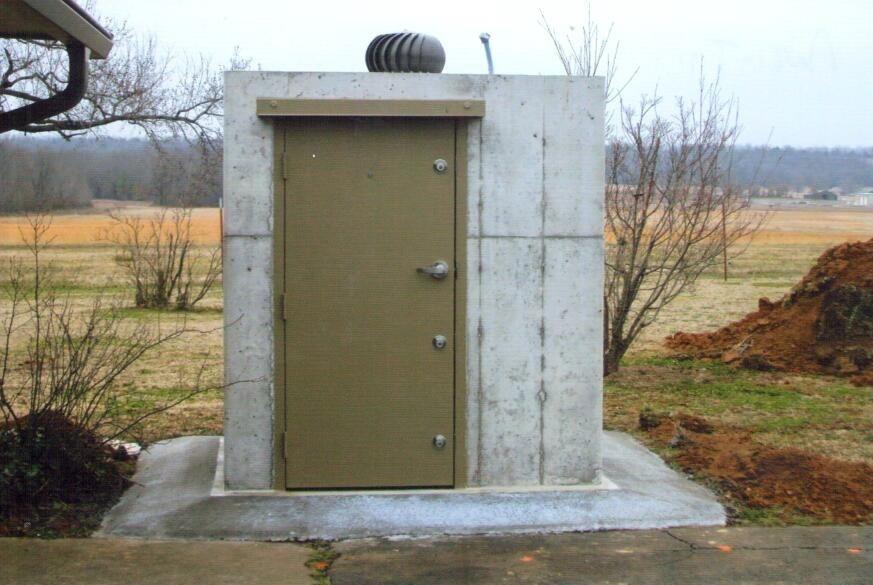 Bunker-Type Anti-Tilt Safe Room