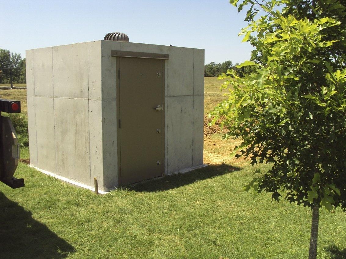 Outdoor Anti-Tilt Safe Room