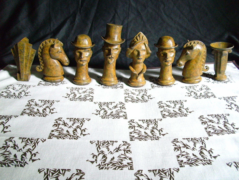 https://0201.nccdn.net/1_2/000/000/117/03f/Zardoni_Alvaro_Chess_Set_01-2816x2112.jpg