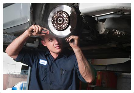 Brakes repairing services||||