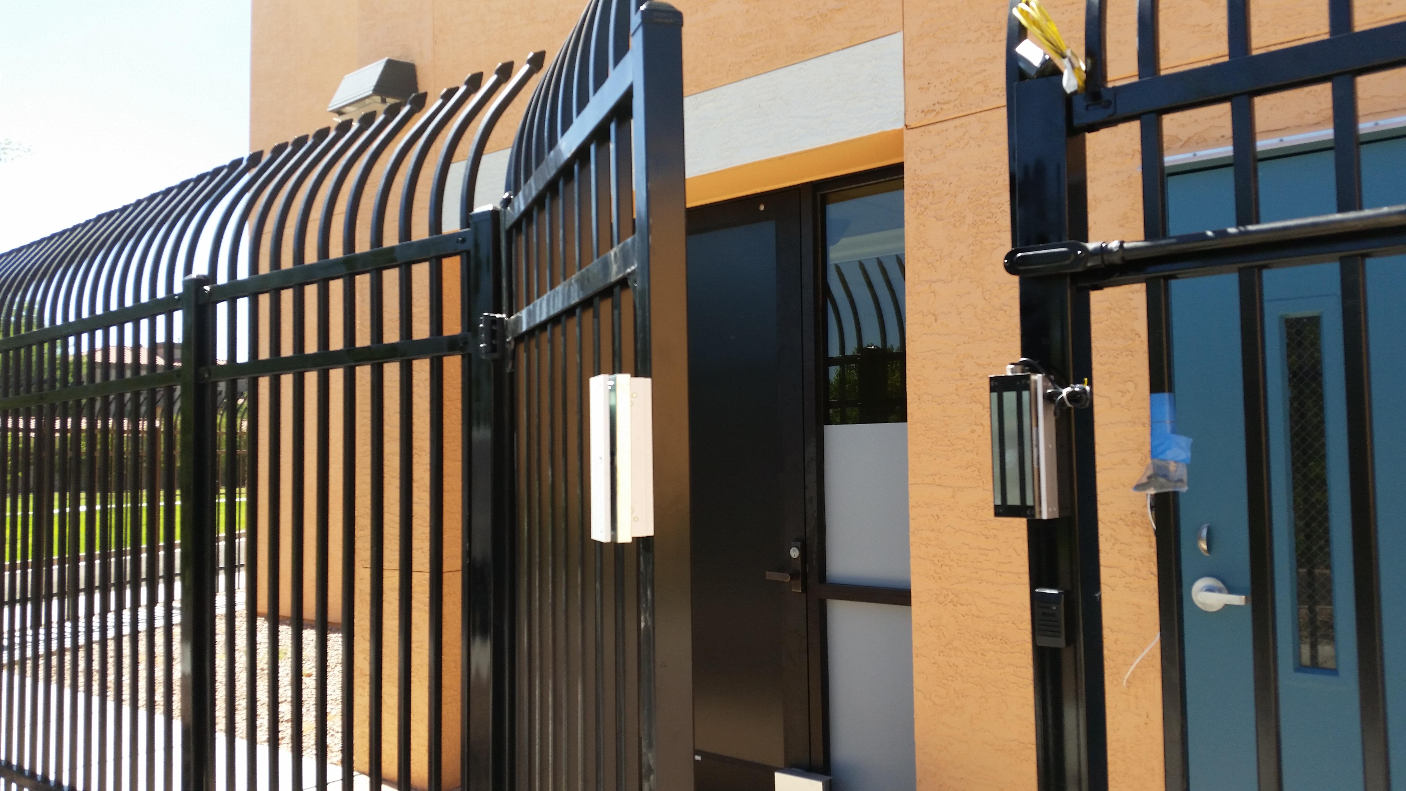 External Gate Maglock