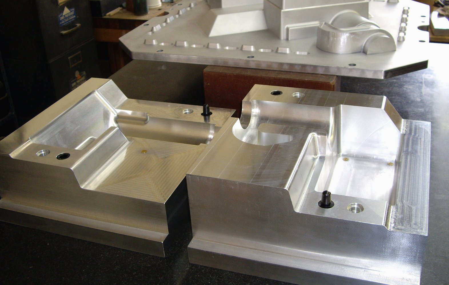 Aluminum core box