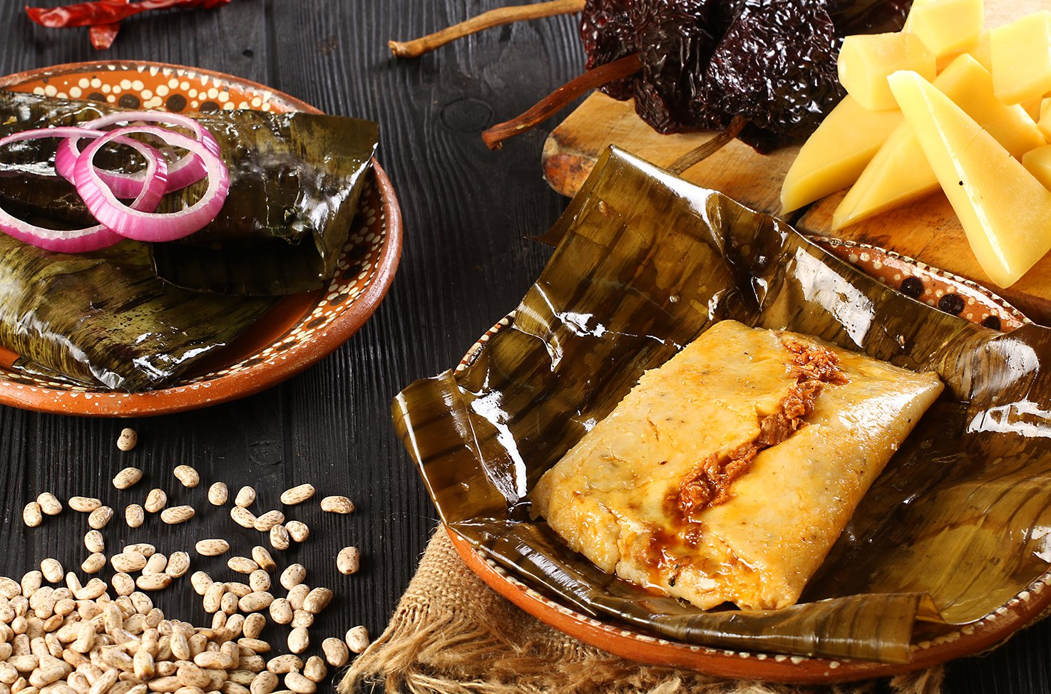 https://0201.nccdn.net/1_2/000/000/11c/452/IMG_5283-frijol-con-queso-y-salsa-de-chicharron.JPG