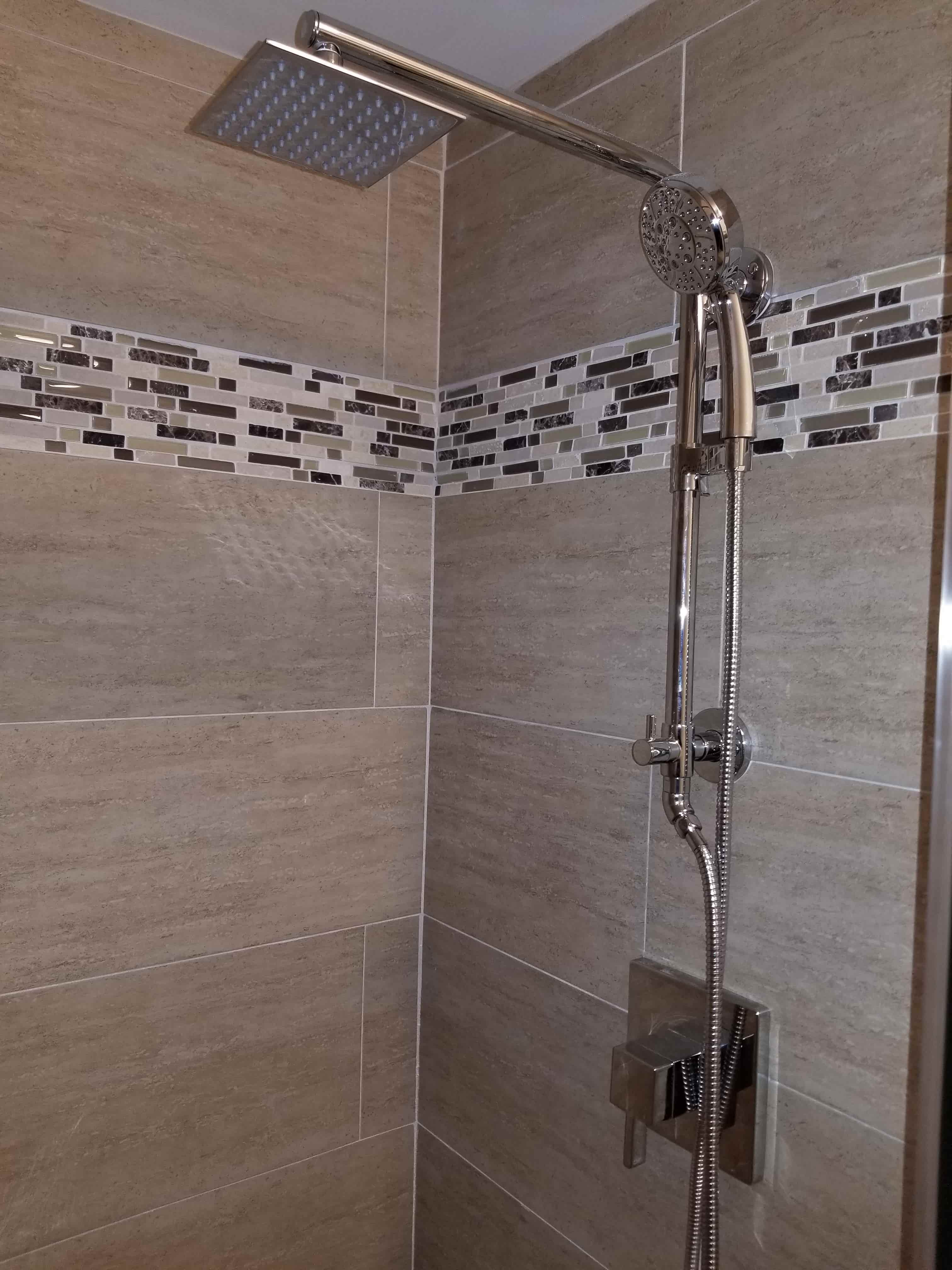 https://0201.nccdn.net/1_2/000/000/11c/675/Shower-min.jpg