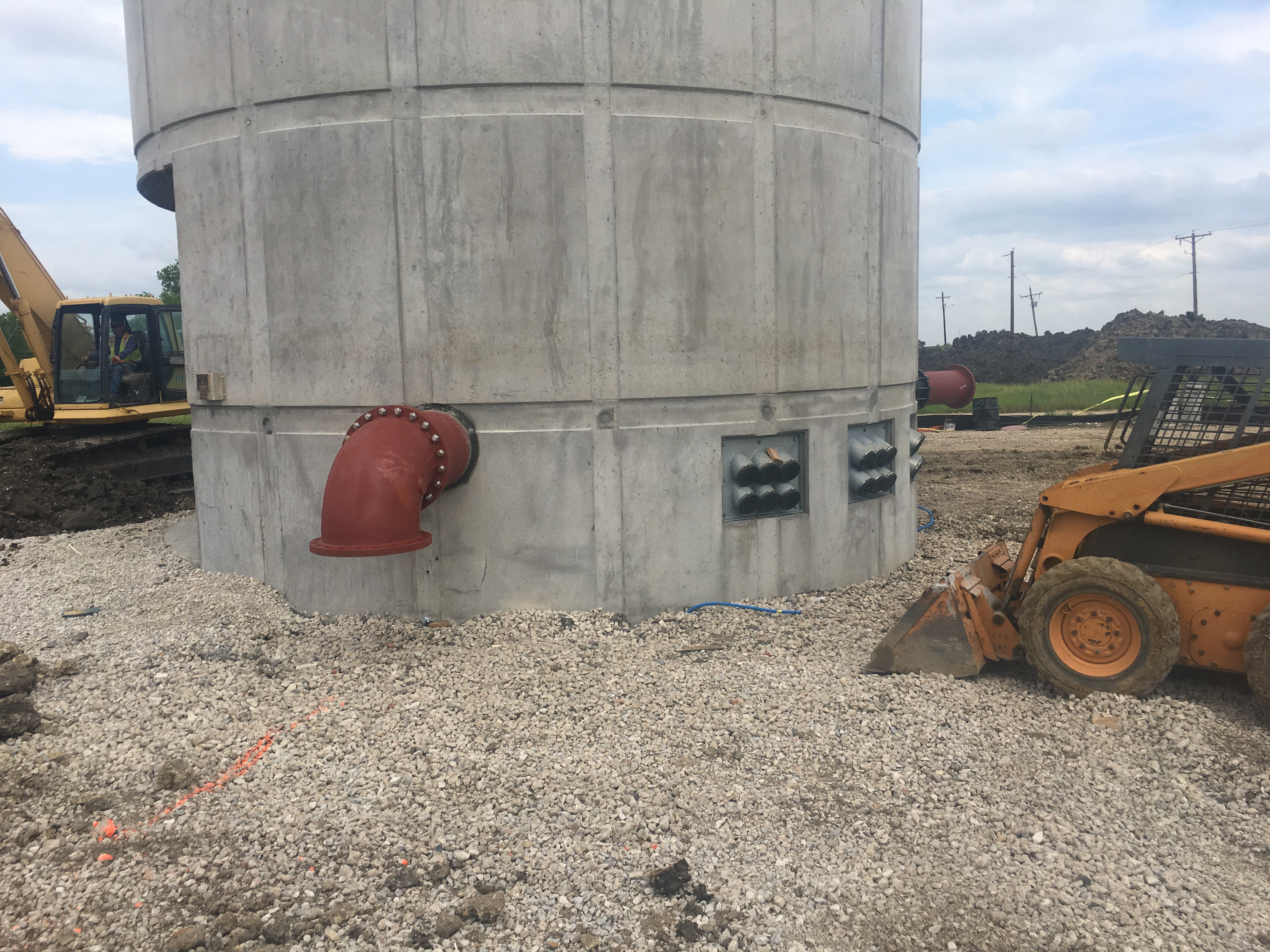 Dallas Pleasant Run Road Elevated Tower and Ground Storage Tank 2017