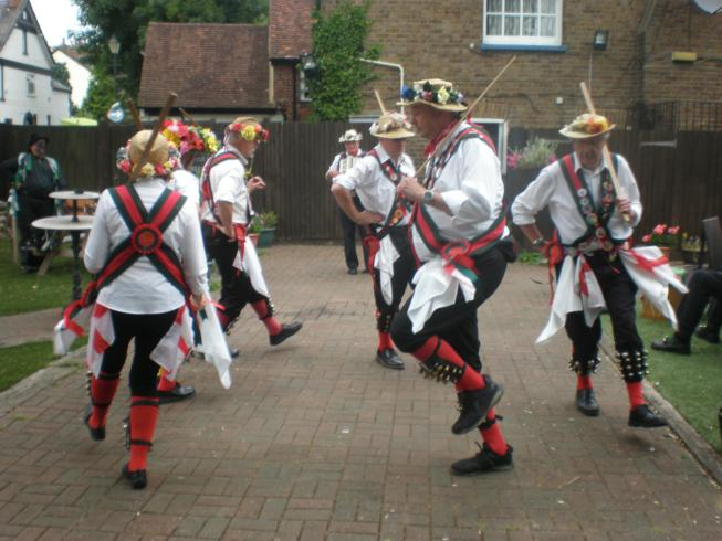 Merrydowners Sword Dance at the Fox & Hounds