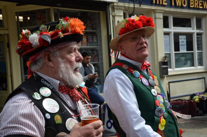 Tony and Graham from Phoenix Morris outside the Two Brewers
