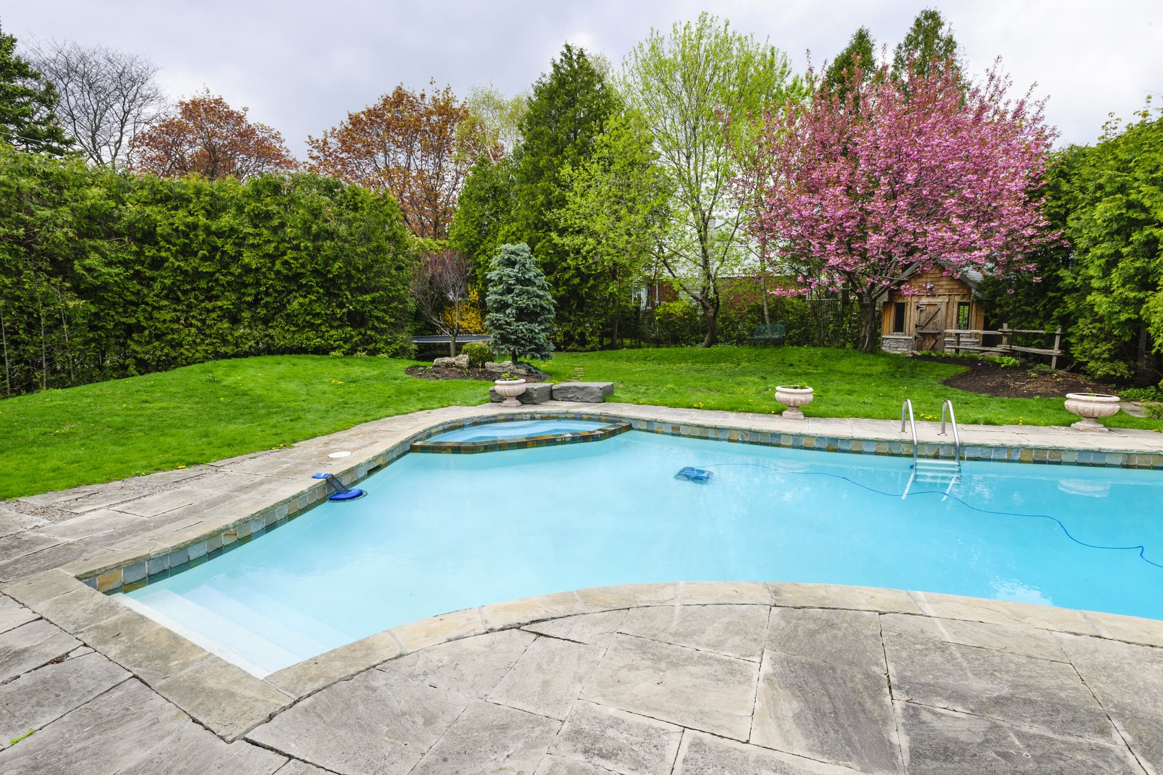 5 Tips on Reducing Pool Maintenance Costs