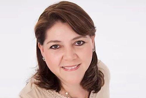 Dr. Sara Cervantes