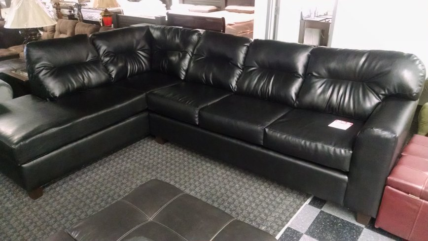 1431 2 Pc Sectional