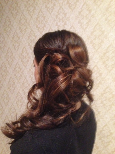 Wavy Hairstyle 2