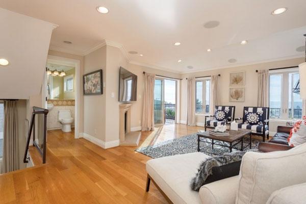 HB Ocean View Townhouse Living Room